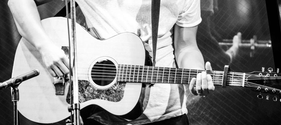 生音に近いオススメのアコギ用ピックアップ|L.R.Baggs Anthem slを徹底解説